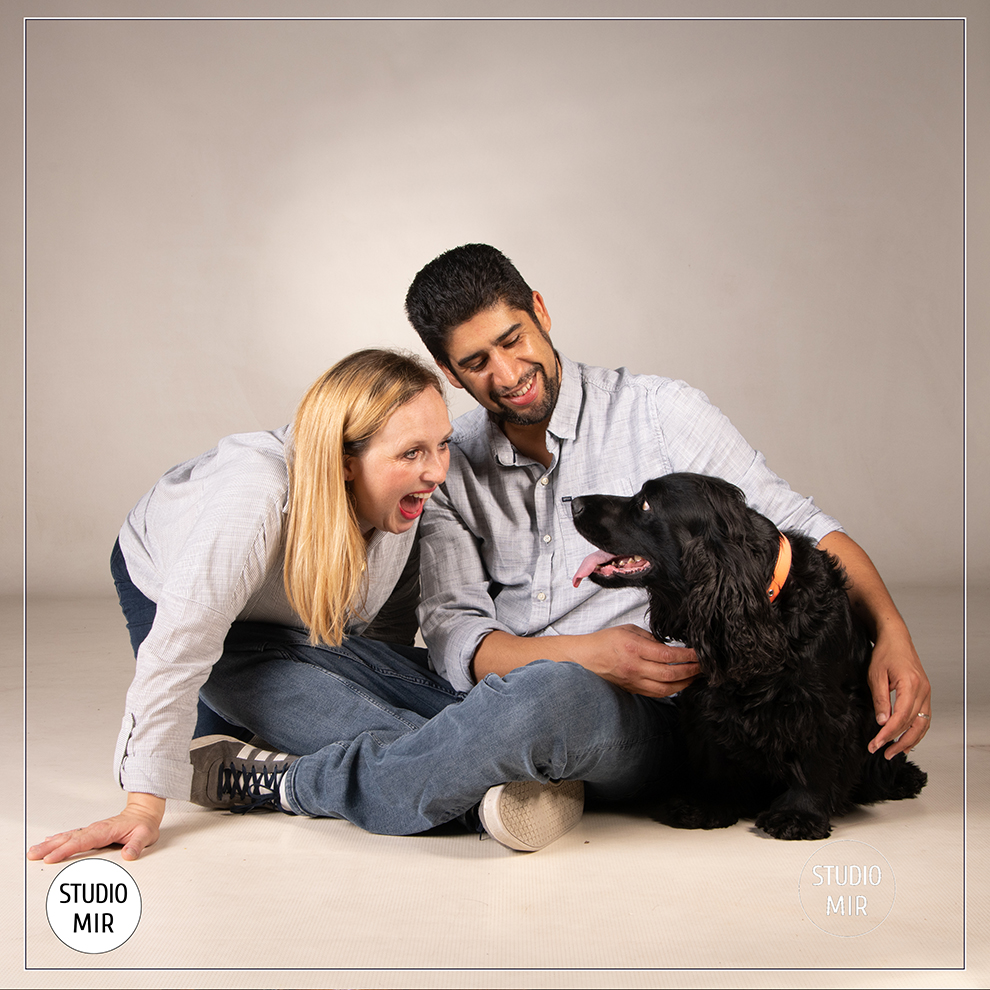 Photographe pour chien en famille dans le Val de Marne