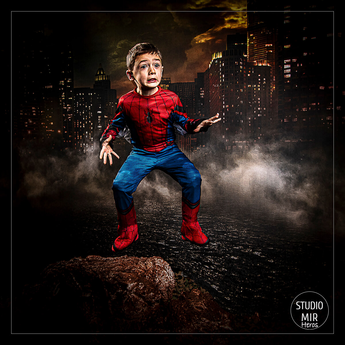 Spider Hero studio Mir