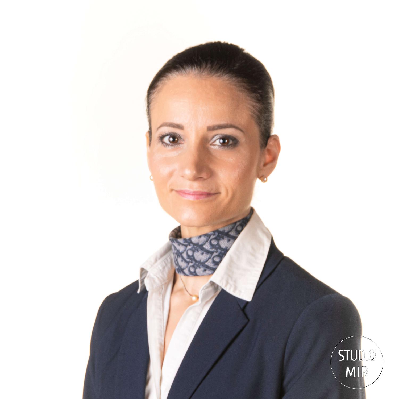 Portrait-professionnel-hôtesse-de-l-air-dans-le-Val-de-Marne-94