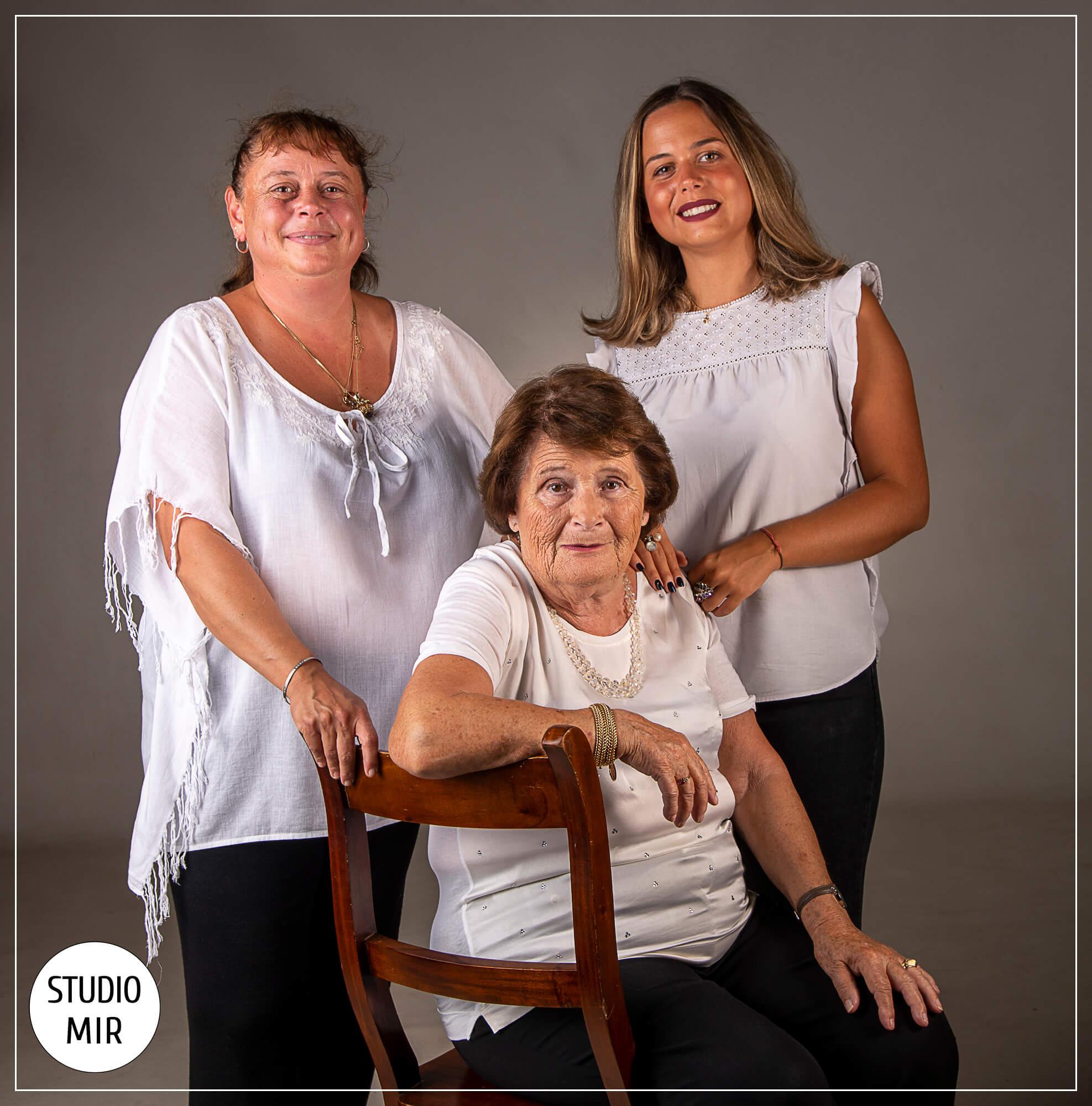 Shooting en famille : trois générations en studio dans le Val-De-Marne