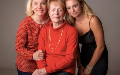 Idée cadeau fête des grands-mères : un shooting photo dans le Val de Marne