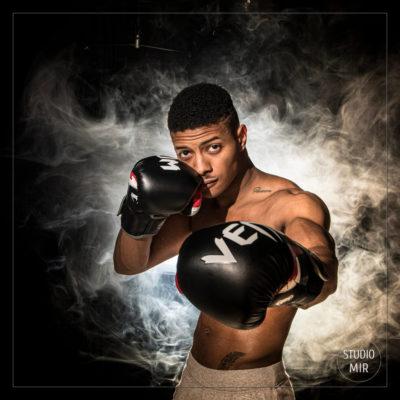 Shooting pour un boxeur en studio photo dans le Val de Marne