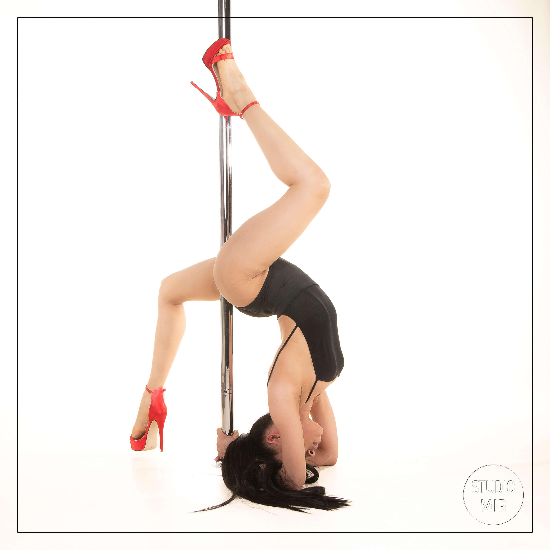 Shooting pole-Dance en studio photo dans le Val de Marne près de Paris