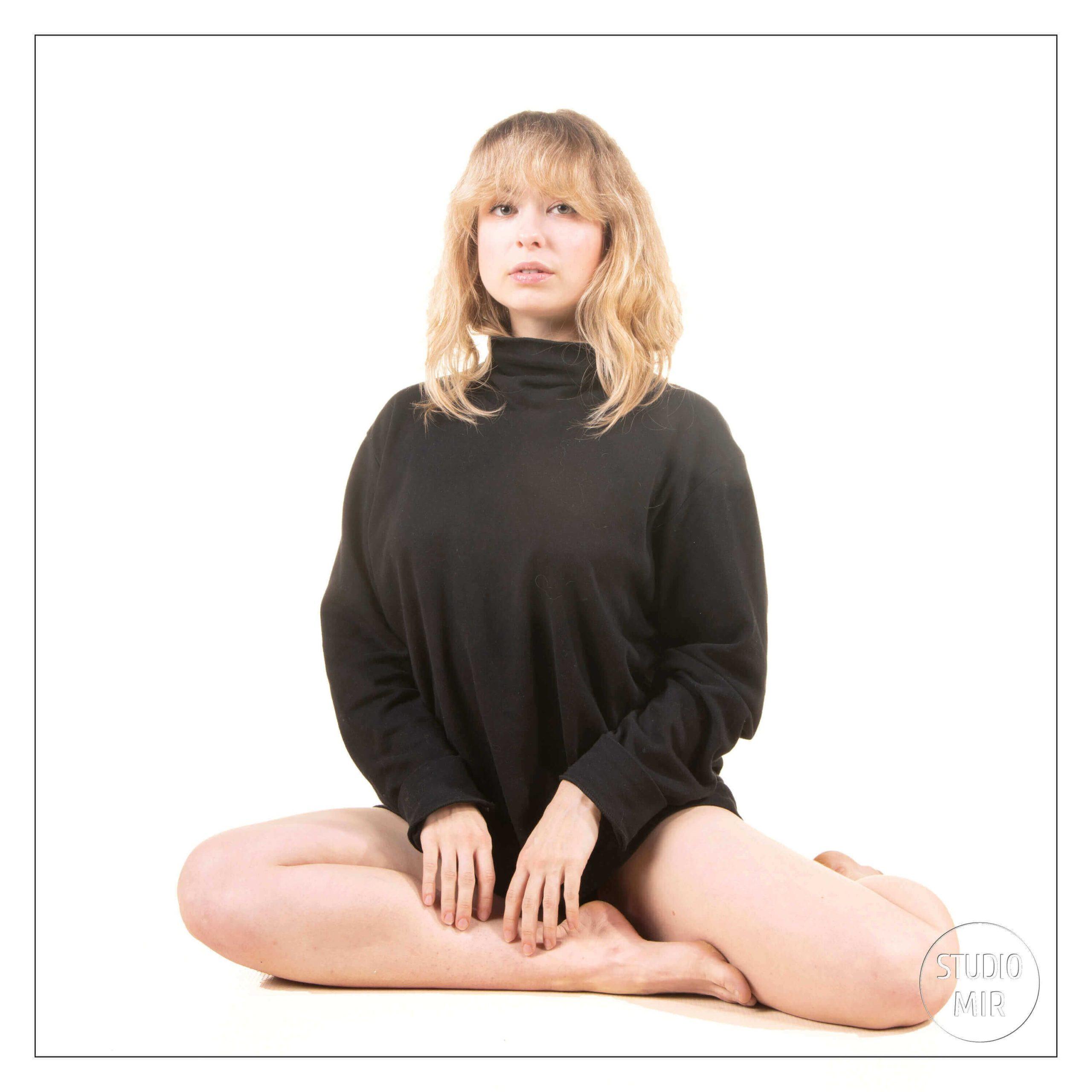 Idee-cadeau-pour-votre-mari-une-seance-photo-Boudoir-en-studio-val-de-marne.jpg