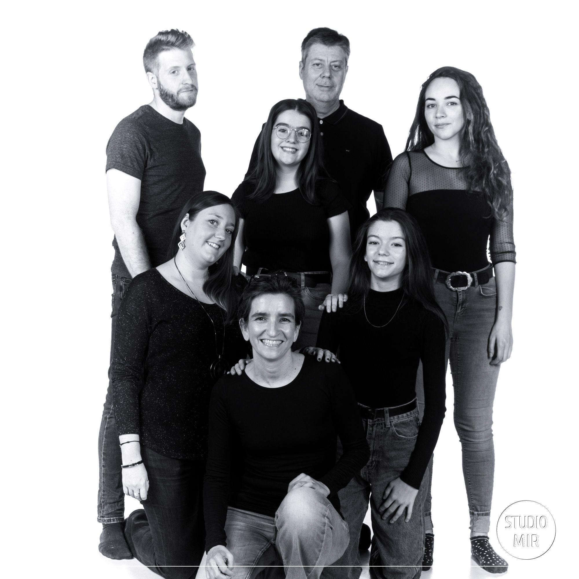Photographe de famille en noir et blanc dans le Val de Marne
